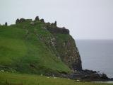ruiny-duntulm-castle-2