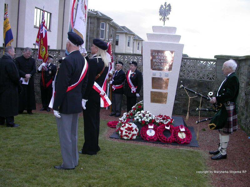 Pomnik Polskiej Marynarki Wojennej w Prestwick1