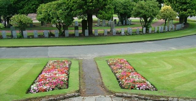 grandsable-cemetery-grangemouth-scotland-1-w640h480