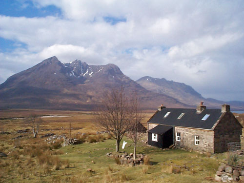 Shenevall-Bothy,-Beinn-DeaL