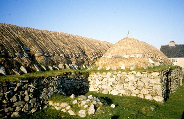 Czarny Dom w Arnol na wyspie Lewis - Wikipedia