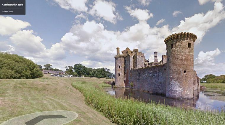 zwiedzaj zamki dzięki Google Street View