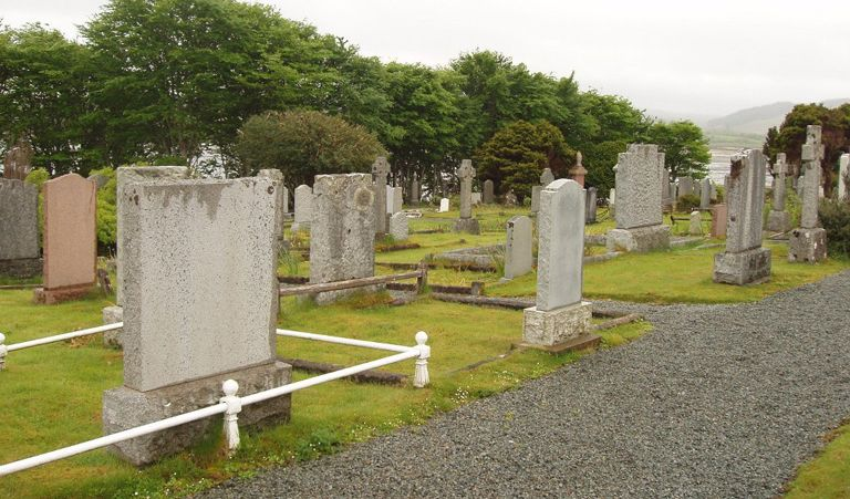 Portree – Stronuirnish Cemetery