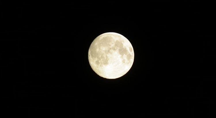 nocne rozmyślania pod szkockim niebem
