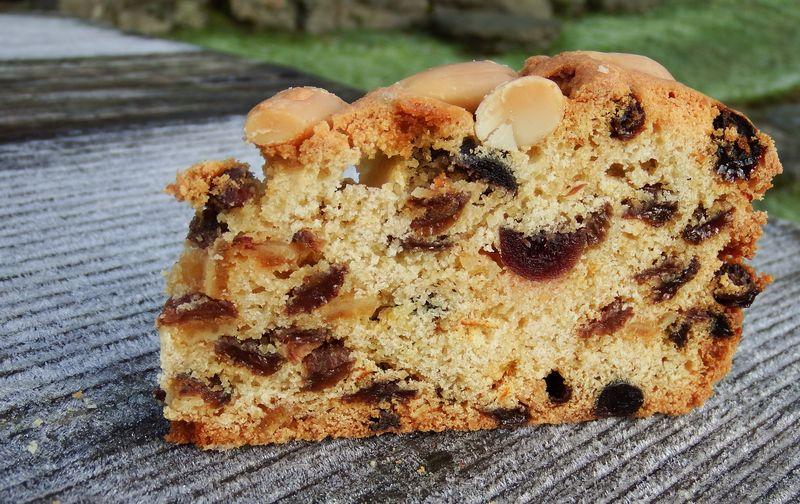 Dundee cake – pyszne szkockie ciasto